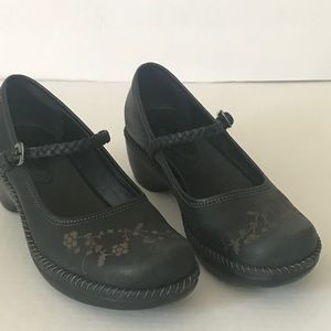 Black leather Ecco Mary Jane Clogs with flowers